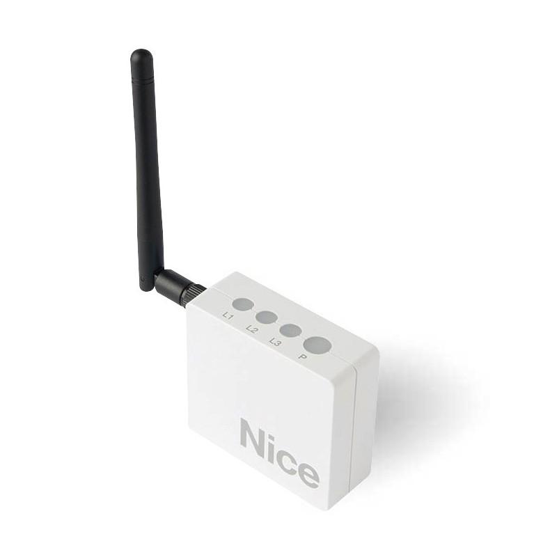 Interface de contrôle à distance sans fil par smartphone